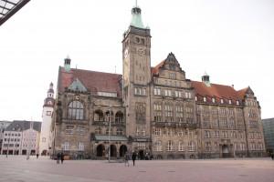 Stadt der Moderne - Rathaus - Stadtrundfahrt